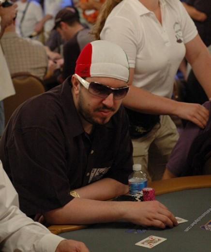 max-pescatori-poker-occhiali-da-sole