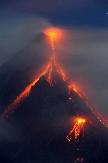 mayon-vulcano-filippine-volcano-eruzione-eruption-03