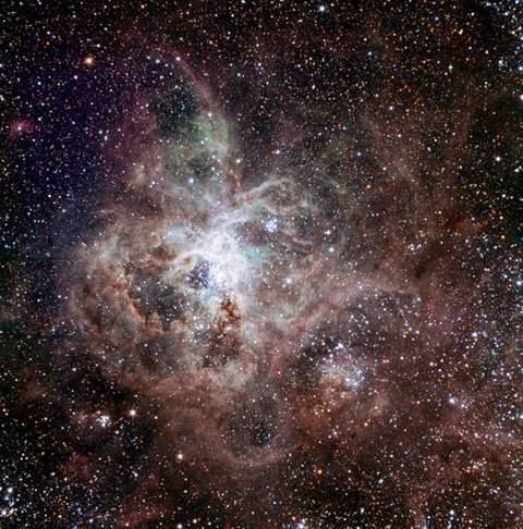 nebulosa-tarantola-trappist-foto-telescopio