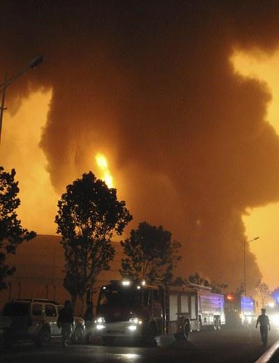 oleodotto-cina-fiamme-incendio-foto-04