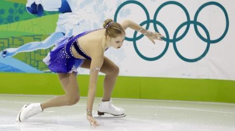 olimpiadi-vancouver-carolina-kostner-caduta-pattinaggio-01
