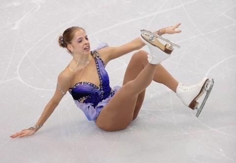 olimpiadi-vancouver-carolina-kostner-caduta-pattinaggio-03
