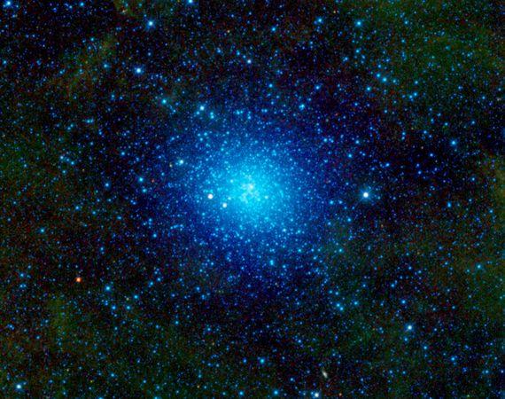 omega-centauri-ammasso-stellare-nasa-wise-foto