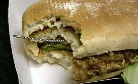 panino-hamburger-mc-donald-oggetto-metallico