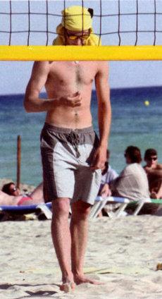 pierre-casiraghi-beach-volley-foto-03