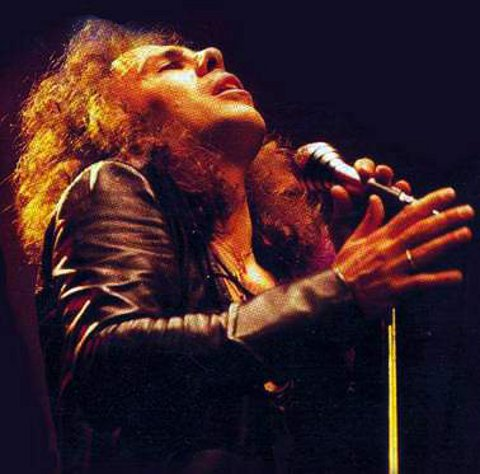ronnie-james-dio-la-leggenda-del-metal-foto-03