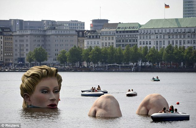 sirena-scultura-Alster-foto-03