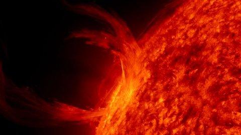 solar-dynamics-observatory-sdo-eruzione-solare-foto-04