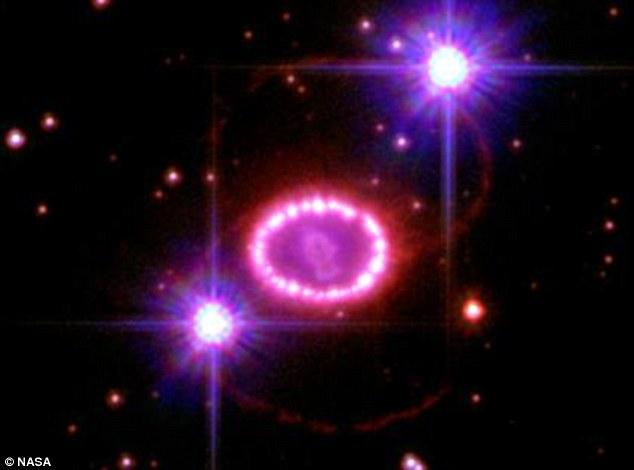 supernova-perle-1987a-hubble-foto