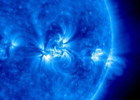 tempesta-solare-sonda-sdo-2012-01