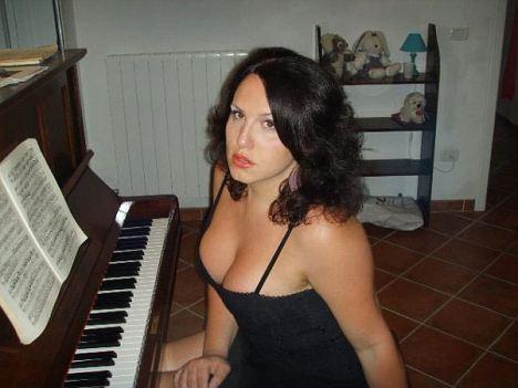 transessuale-baritono-soprano-cantante-conservatorio-bari