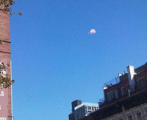 ufo-foto-manhattan-new-york-01