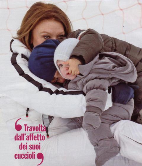 veronica-lario-vacanze-foto-06