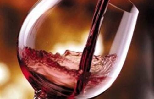 vino-rosso-si-vive-di-piu