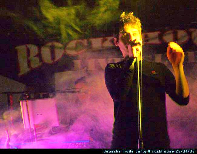 blue-room-cover-depeche-mode-band-live-01