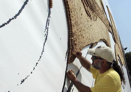 2008-Saimir-Strati-tappi-sughero-record-mosaico-guinness