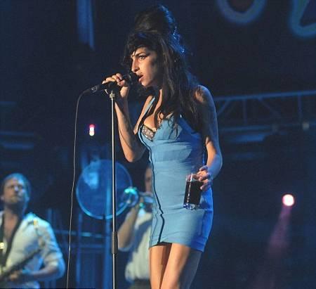 Amy-Winehouse-caraibi-concerto-live-music