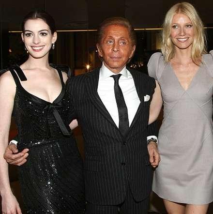 Anne-Hathaway-Gwyneth-Paltrow-Valentino