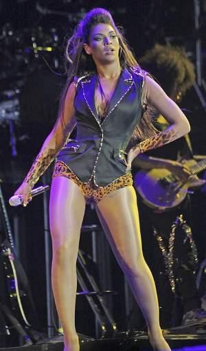 Beyonce-cosciona