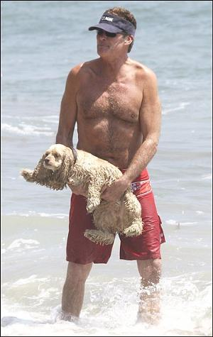 David-Hasselhoff-al-mare-baywatch