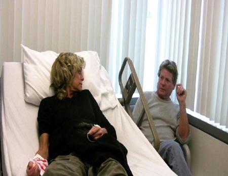 Farrah-Fawcett-lettino-ospedale-cure-cancro
