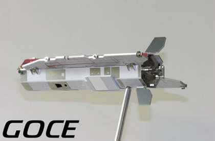 GOCE-satellite-ancora-a-terra