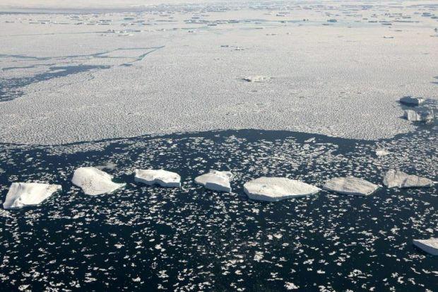 Groenlandia-ghiacci-foto-global-warming-greenpeace-02