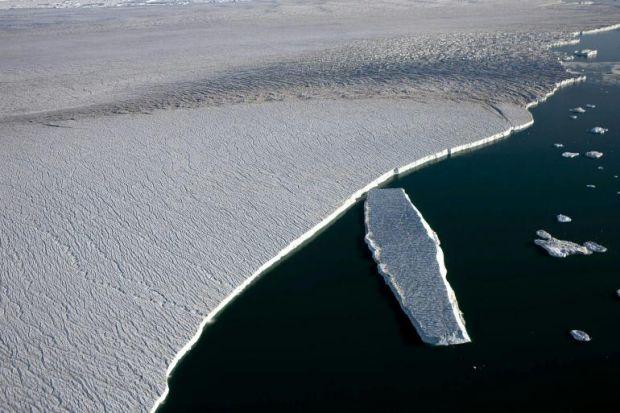 Groenlandia-ghiacci-foto-global-warming-greenpeace