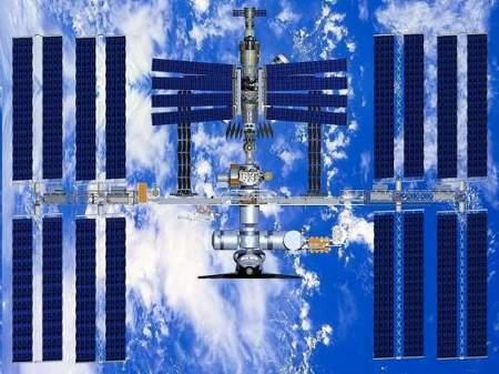 ISS-sopra-la-terra-stazione-spaziale-internazionale