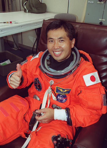 Koichi-Wakata_cosmonauta-iss-tappeto-volante