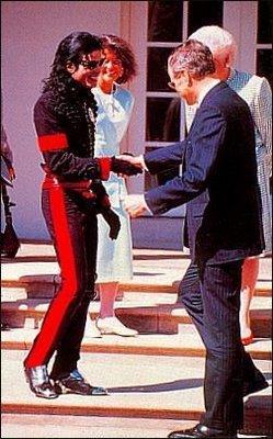 Michael-jackson-President-George-H-W-Bush