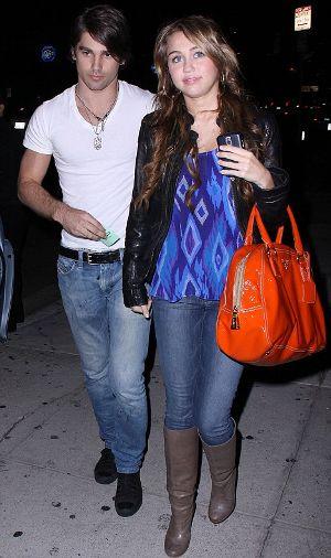 Miley-Cyrus-con-ex-fidanzato