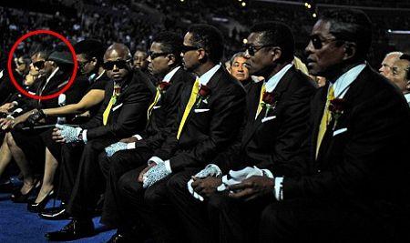 Omer-bhatti-michael-jackson-funerale-staples-center