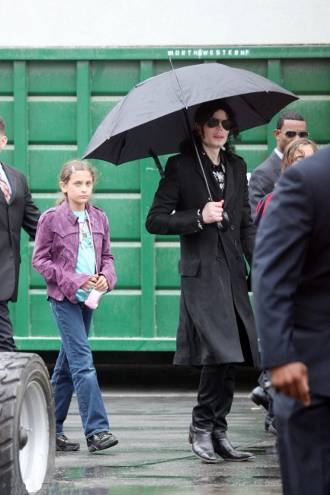 Prince-Michael-Blanket-michael-jackson-figlio-son-paris