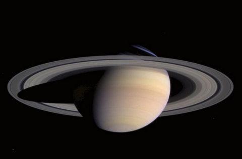 Saturno-pianeta-anelli-
