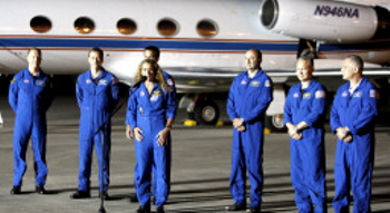 Shuttle-Endeavour-equipaggio-astronauti
