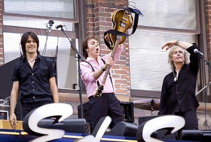 Sir-Paul-McCartney-ed-sullivan-broadway-show