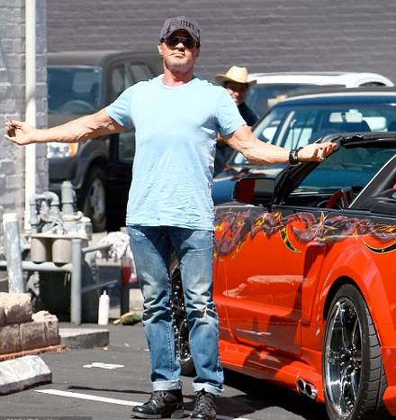 Sylvester-Stallone-mustang