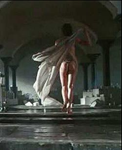angelina-jolie-nuda-naked