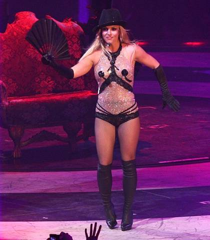 britney-spears-live-tour