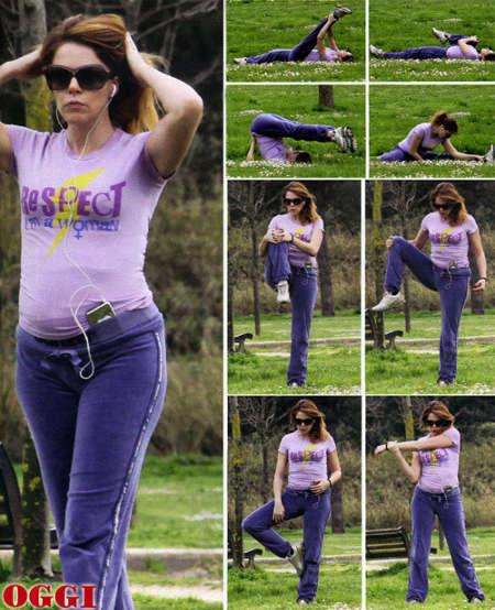 claudia-gerini-al-quarto-mese-di-gravidanza-tenta-di-tenersi-in-forma