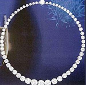 collana-diamanti-Dior
