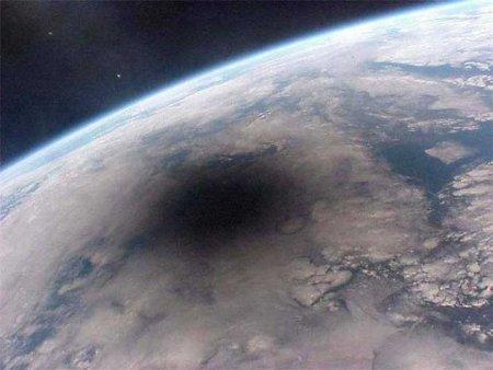 eclissi-dalla-stazione-orbitante-mir