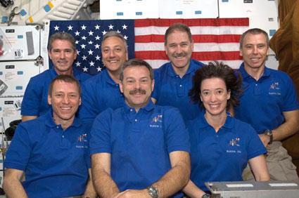 equipaggio-space-shuttle-atlantis-sts-125-hubble-telescopio