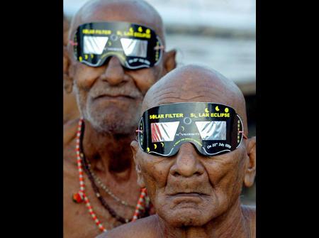 foto-eclissi-sole-asia-gange-05