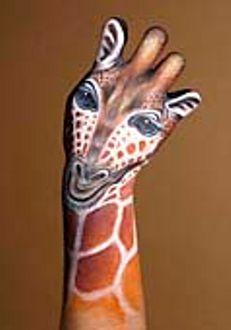 giraffa_Mani-Animali-body-painting