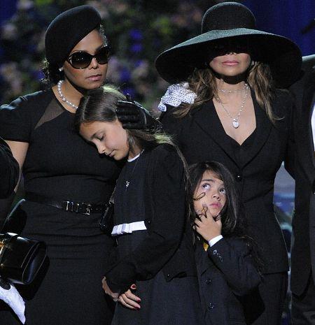 janet-la-toja-funerali-jackson-michael