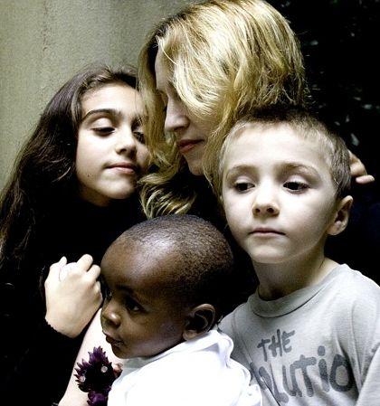 madonna-e-i-tre-figli