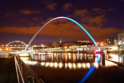 millenium-bridge-gateshead-newcastle-uk