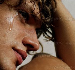 pianto-lacrime-sfogo-commozione-